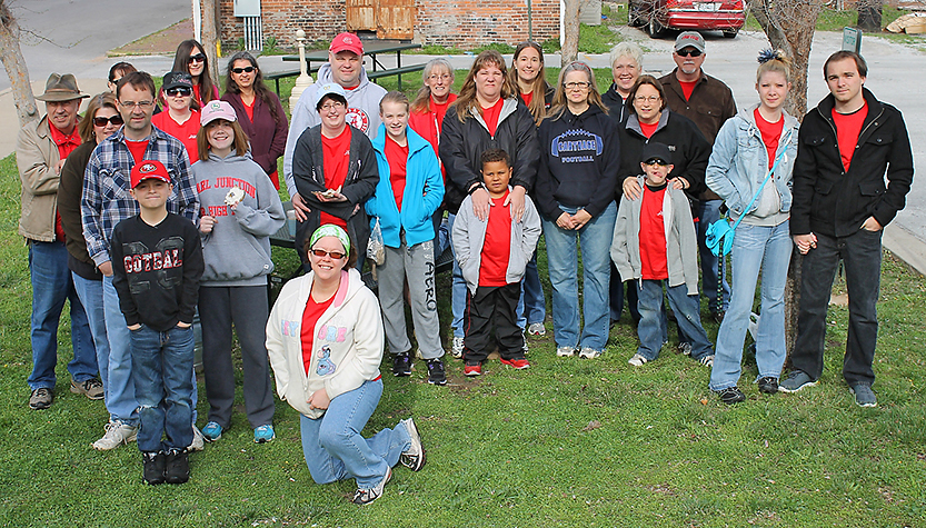 Cardinal Scale employees before a community service day.